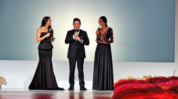 asian-couture-federation-by-frank-cintamani-awards-gala-2014-is-a-celebration-of-couture-frank-cintamani-and-hosts
