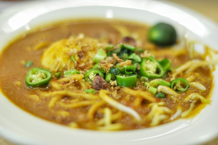 my-spice-affair-rolling-back-into-kampong-memories-with-nasi-padang-mee-rebus