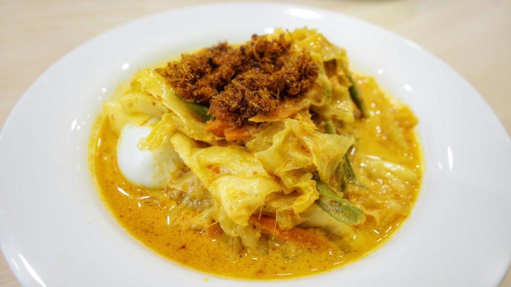 my-spice-affair-rolling-back-into-kampong-memories-with-nasi-padang-lontong