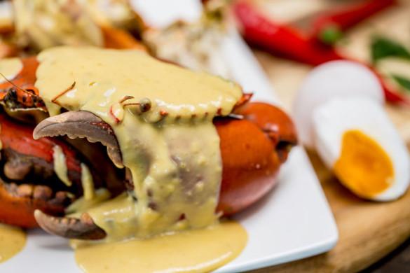 Singapore-inside-out-Keng-Eng-Kee-Seafood-Moonlight-Horfun-Salted-Egg-Yolk-Crab