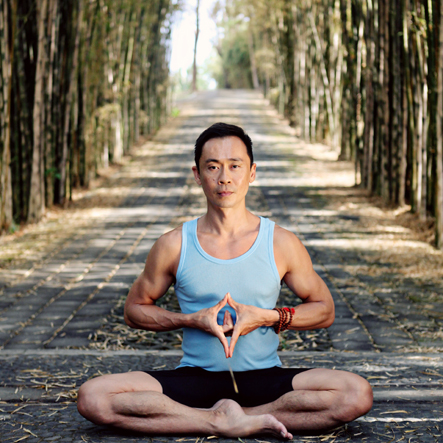 good-vibes-yoga-teacher-hee-boon-talks-about-his-yoga-journey