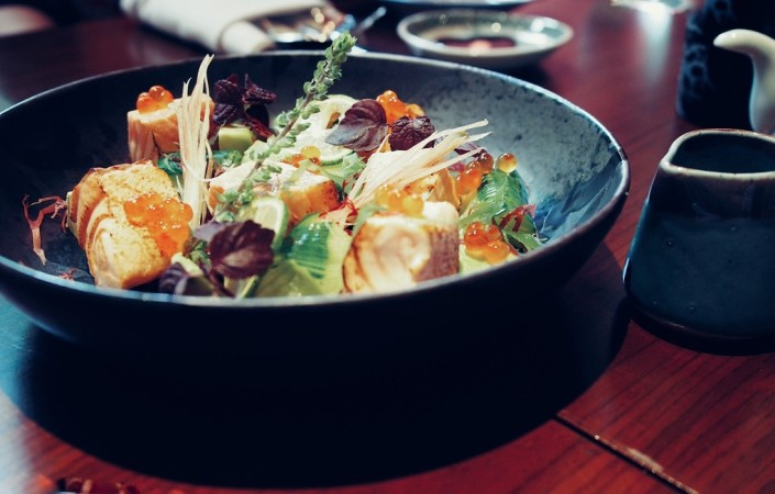 places-to-eat-in-bangkok-modern-japanese-cuisine-at-kom-ba-wa-Salad-of-label-rouge-scottish-salmon.jpg