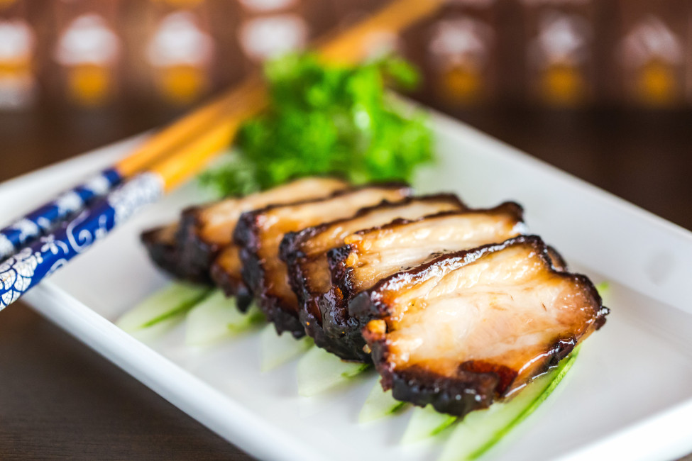 singapore-bar-about-chinese-themed-tapas-and-cocktails-sum-yi-tai-maple-honey-glazed-char-siew