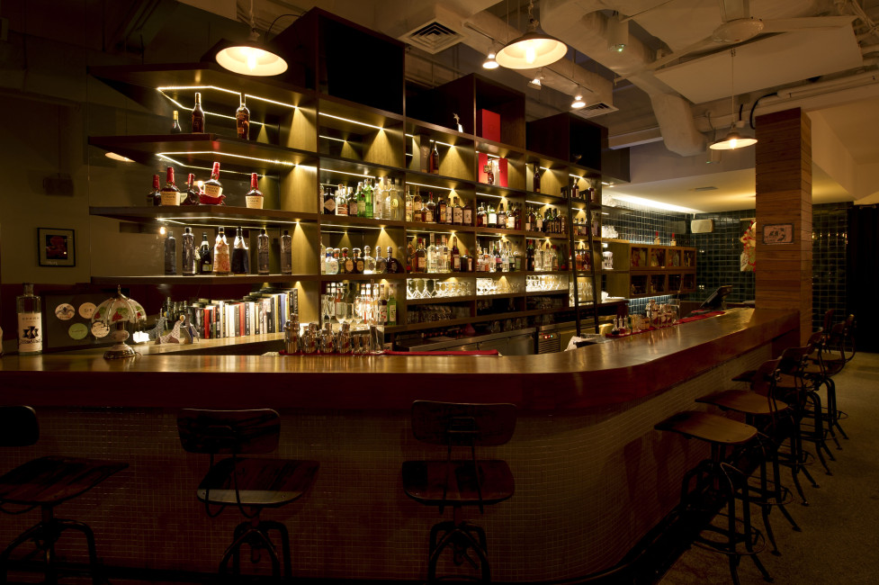 best-bar-found-in-amoy-street-singapore-jigger-and-pony-interiors.jpg