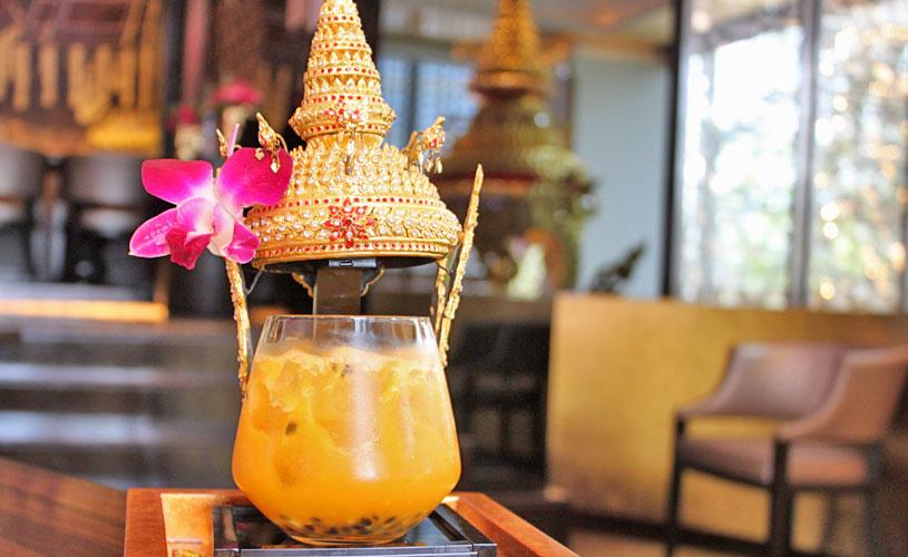osha-bangkok-thai-restaurant-wireless-road-empress-signature-cocktail
