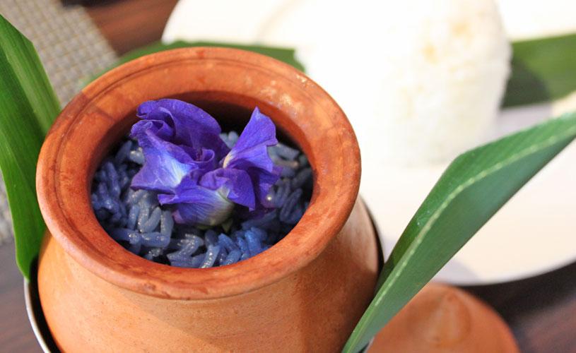 osha-bangkok-thai-restaurant-wireless-road-fragrant-floral-rice