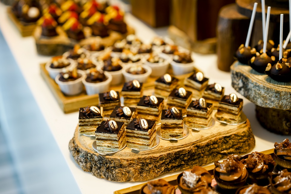 sparkling-sunday-champagne-brunch-at-the-line-shangri-la-singapore-chocolates.jpg