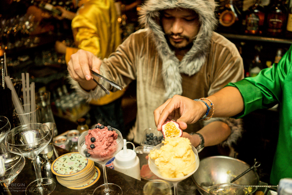 thinking-of-what-to-do-in-bangkok-at-night-you-have-to-visit-bon-bon-liquid-nitrogen-4