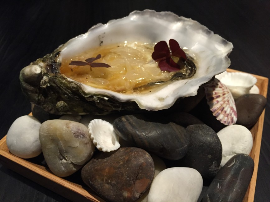 meta-keong-saik-road-classic-french-food-with-a-modern-korean-twist-oyster-and-pomelo