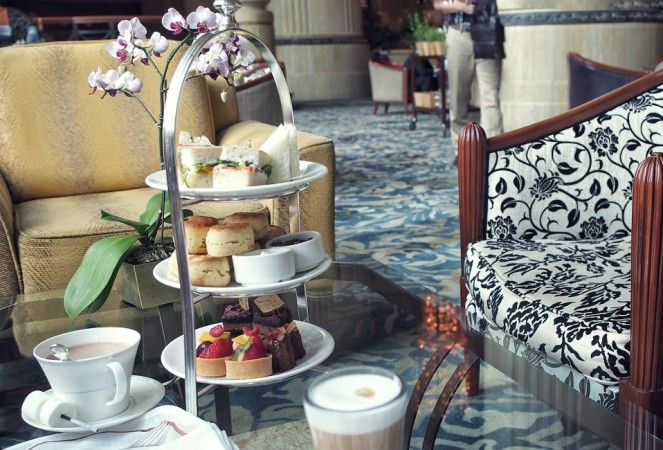 shangri-la-singapore-time-out-weekend-staycation-is-all-you-are-looking-for-three-tier-english-tea