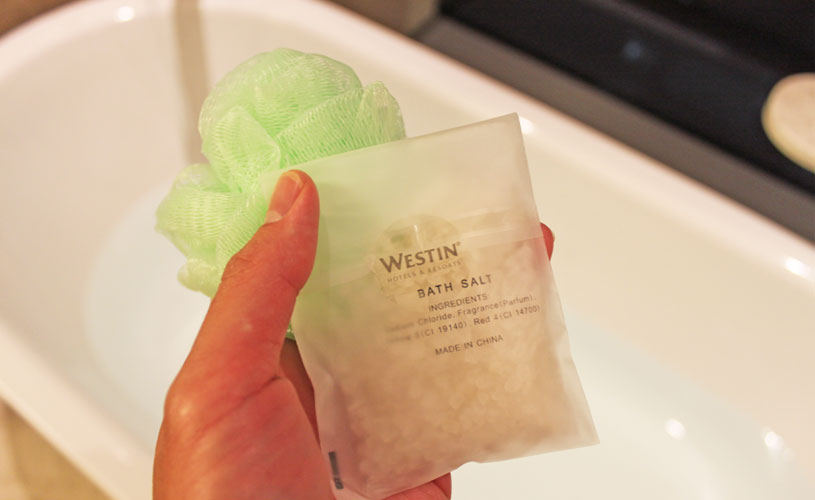 the-westin-singapore-staycation-loofah-bath-salts