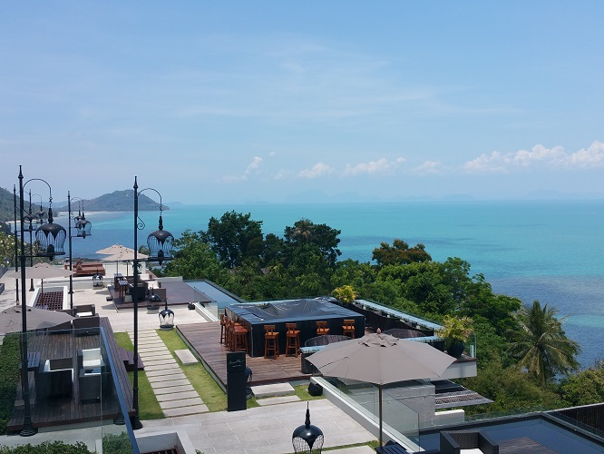 intercontinental-samui-the-one-resort-holiday-in-asia-you-should-go-for-balcony-view.jpg