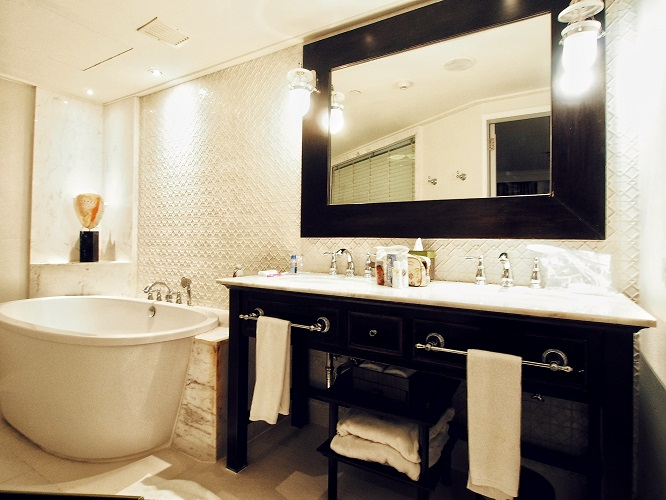 intercontinental-samui-the-one-resort-holiday-in-asia-you-should-go-for-bathroom.jpg