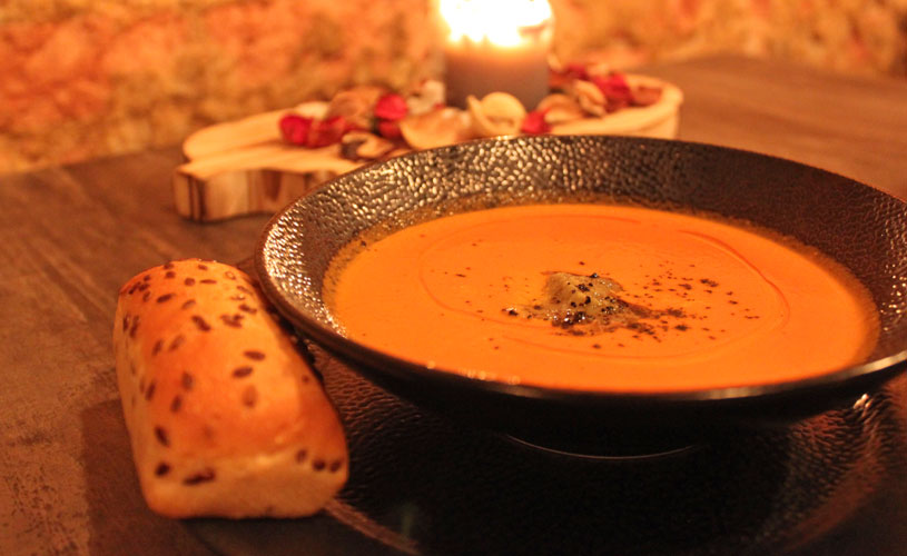 roots-kitchen-and-bar-little-india-tomato-soup
