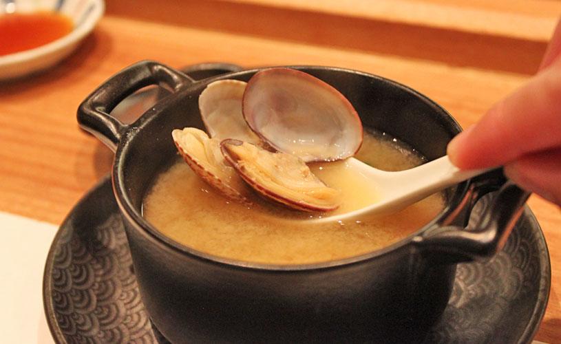 sushi-jin-les-amis-miso-clams-soup