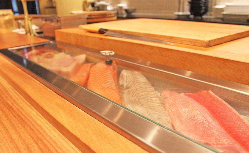 sushi-jin-les-amis-omakase-menu-omakase-bar