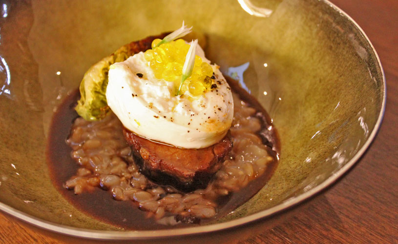 chefs-table-by-stephan-zoisl-tras-street-48h-beef-cheeks-barley-risotto