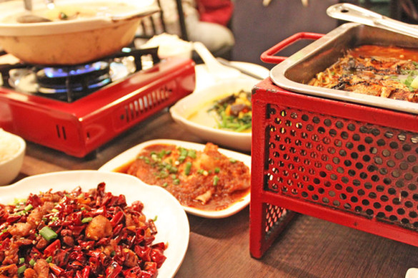 chongqing-hotpot-liang-seah-street-full-table-of-food