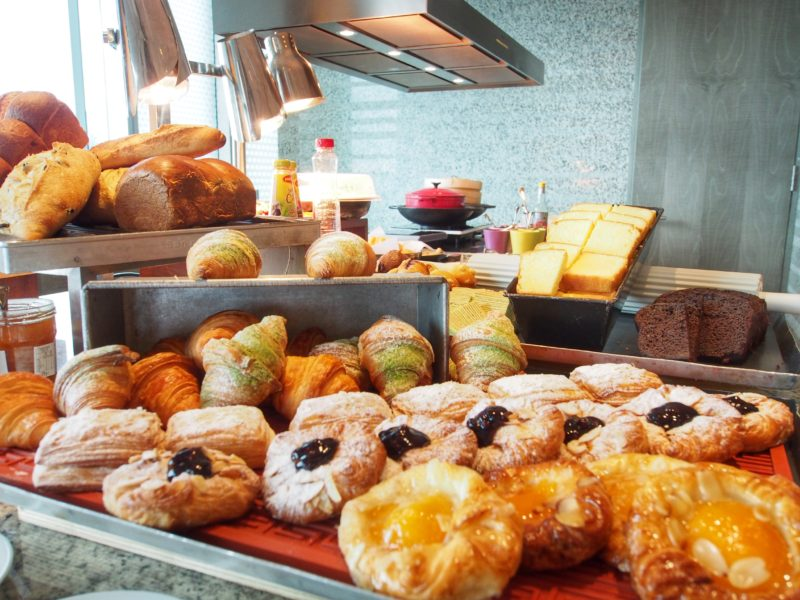 hotel-jen-orchardgateway-a-singapore-hotel-thats-with-charm-and-chic-breakfast-pastries.jpg