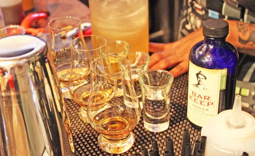 secret-mermaid-shinkansen-bar-whiskey-flights