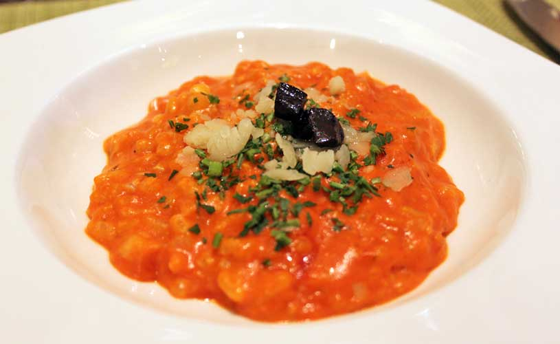 conrad-centennial-oscars-international-buffet-freshly-made-tomato-risotto