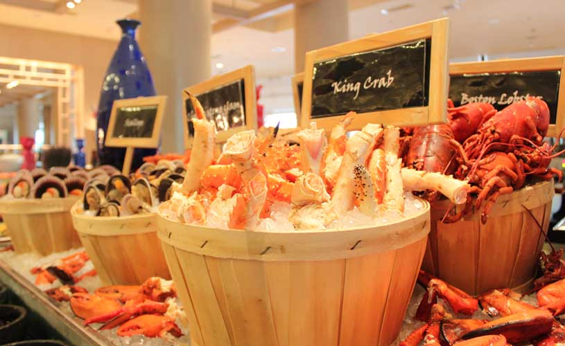 conrad-centennial-oscars-international-buffet-seafood-station-premium-crabs