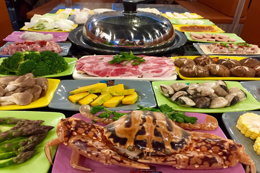 heating-up-serangoon-garden-with-the-trendiest-steam-box-in-town-table-view-1