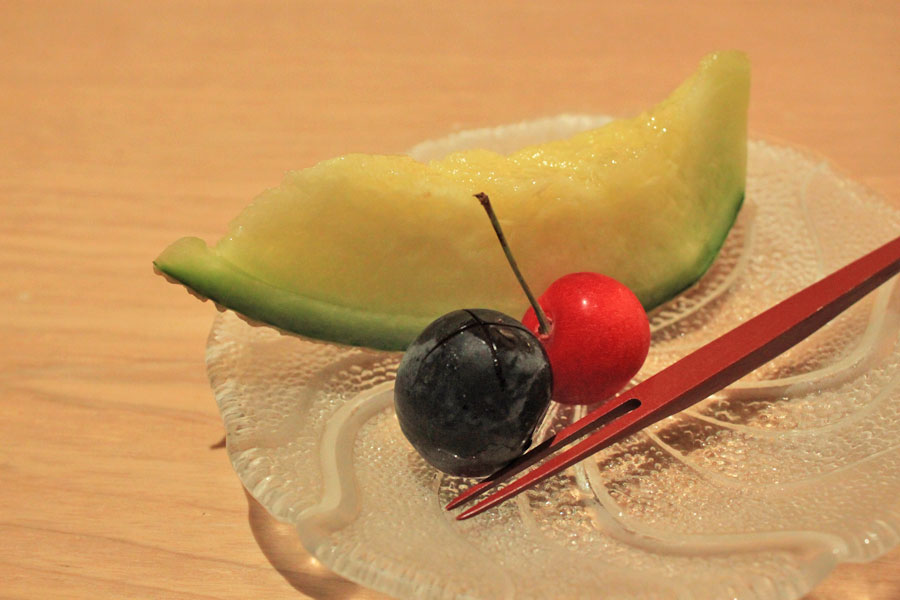 japanese-restaurant-kaiseki-yoshiyuki-forum-shopping-mall-dessert-seasonal-fruits-musk-melon