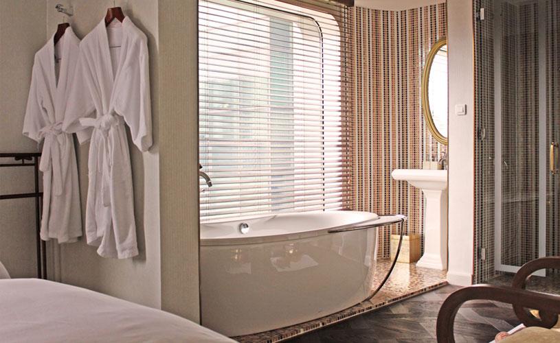 mgallery-hotel-des-arts-saigon-hotel-spa