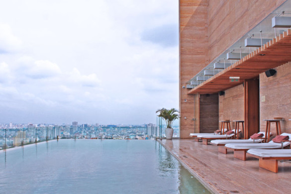 mgallery-hotel-des-arts-saigon-rooftop-infinity-pool