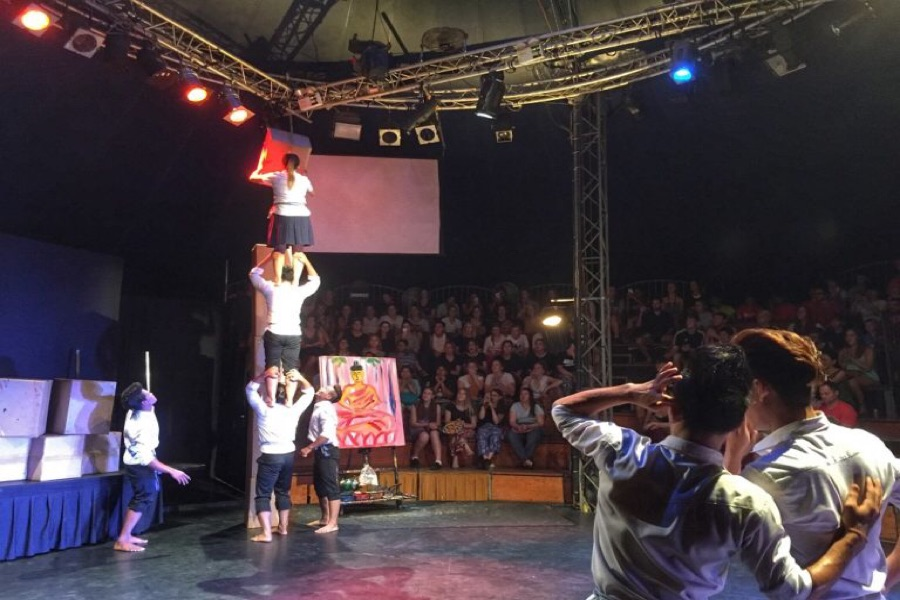 travel-to-cambodia-a-night-with-phare-circus-siem-reap