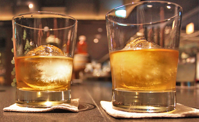 vietnam-saigon-sorae-japanese-cuisine-highend-whisky-on-the-rocks-hibiki