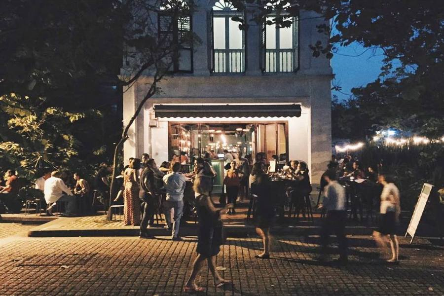 9-restaurants-in-duxton-hill-where-you-can-go-and-spend-your-money-Lucha Loco_entrance-1