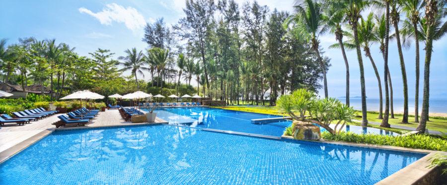 dusit-thani-krabi-resort-krabi-beach-hotel-pristine-white-sand-Infinity Pool