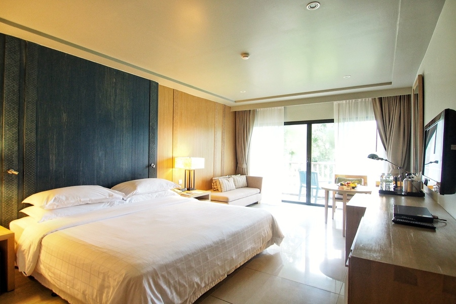 dusit-thani-krabi-resort-krabi-beach-hotel-pristine-white-sand-club-room.jpg