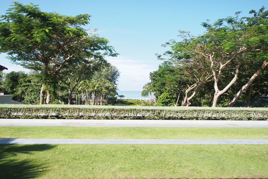 dusit-thani-krabi-resort-krabi-beach-hotel-pristine-white-sand-lobby-view.jpg