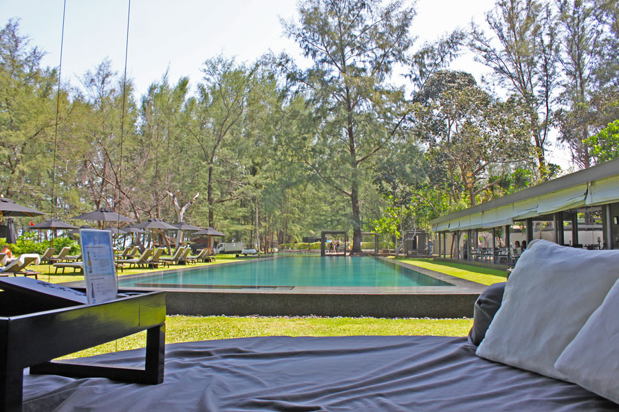 hotels-in-phuket-sala-phuket-mai-khao-beach-communal-pool