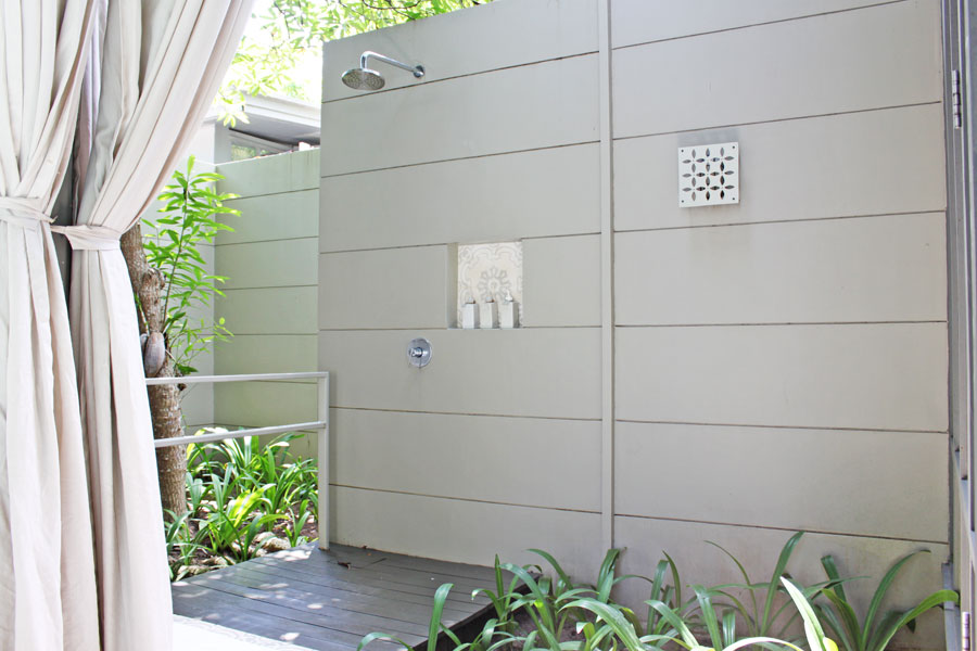 hotels-in-phuket-sala-phuket-mai-khao-beach-outdoor-shower