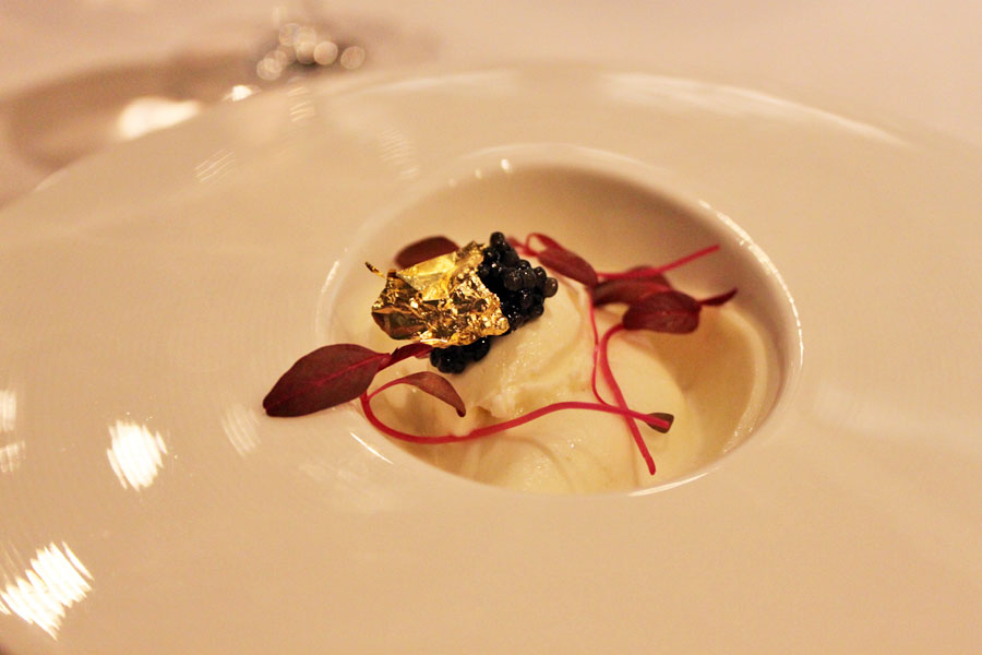 stellar-1-altitude-truffle-menu-truffled-japanese-red-egg-caviar