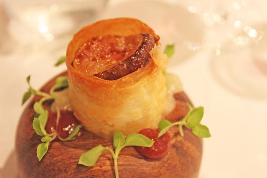 stellar-1-altitude-truffle-menu-vacherin-of-truffled-pont-le-eveque-caramelised-figs