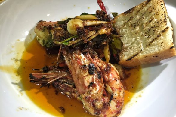eat-me-where-to-get-the-best-fine-dining-in-bangkok-grilled-tiger-prawns-with-tom-yum.jpg
