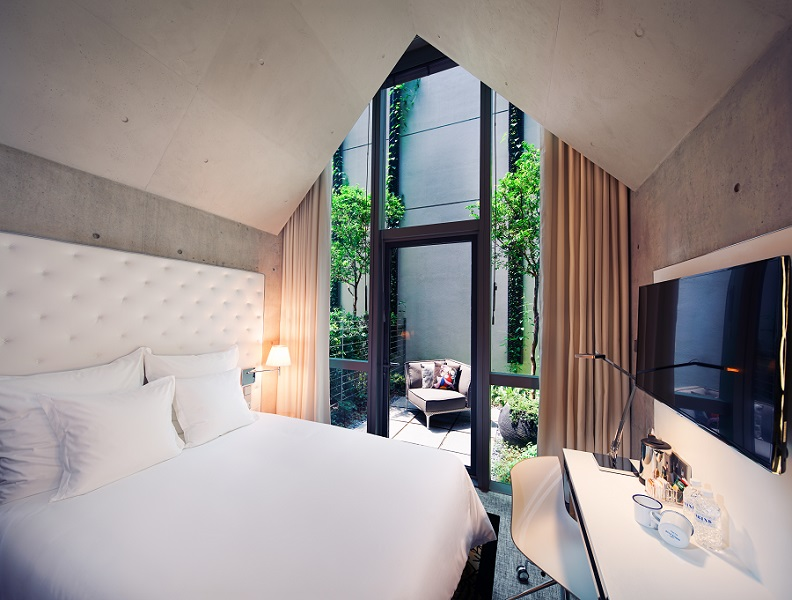 m-social-singapore-fun-staycation-spot-everyone-Alcove Terrace