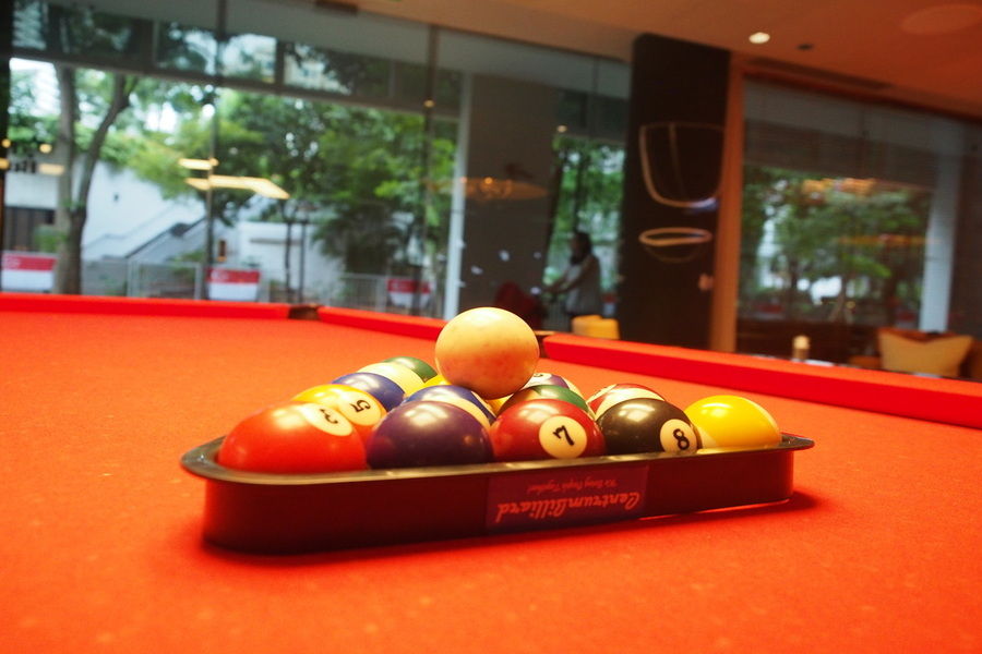 m-social-singapore-fun-staycation-spot-everyone-pool-table.jpg
