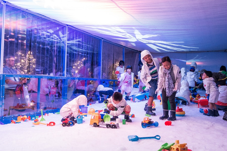 8-snow-playground