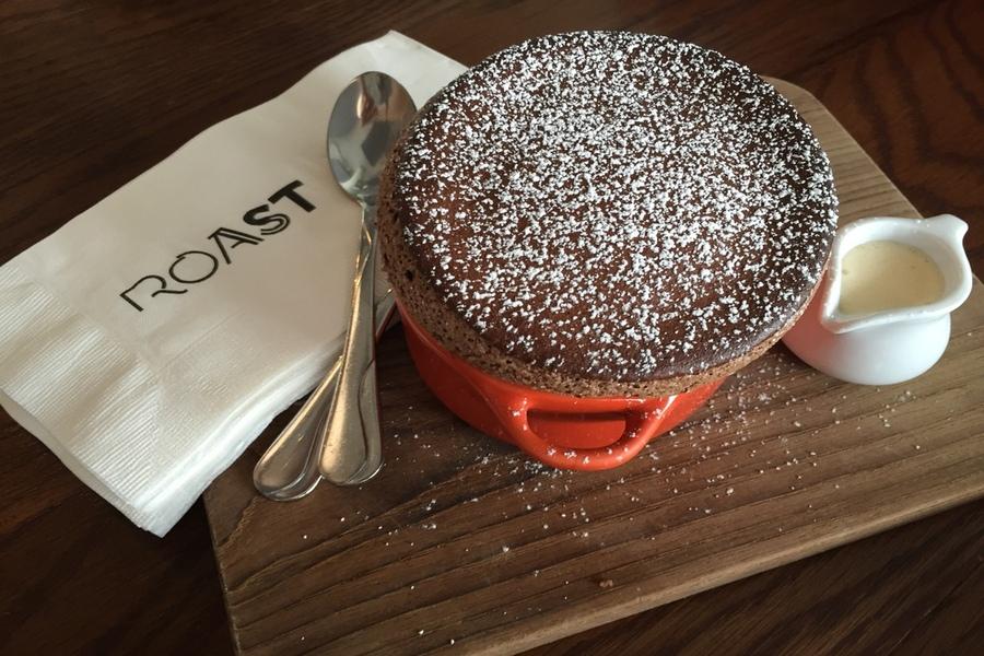 brunch-expert-intimate-personal-brunch-experience-roast-bangkok-chocolate-souffle-dessert