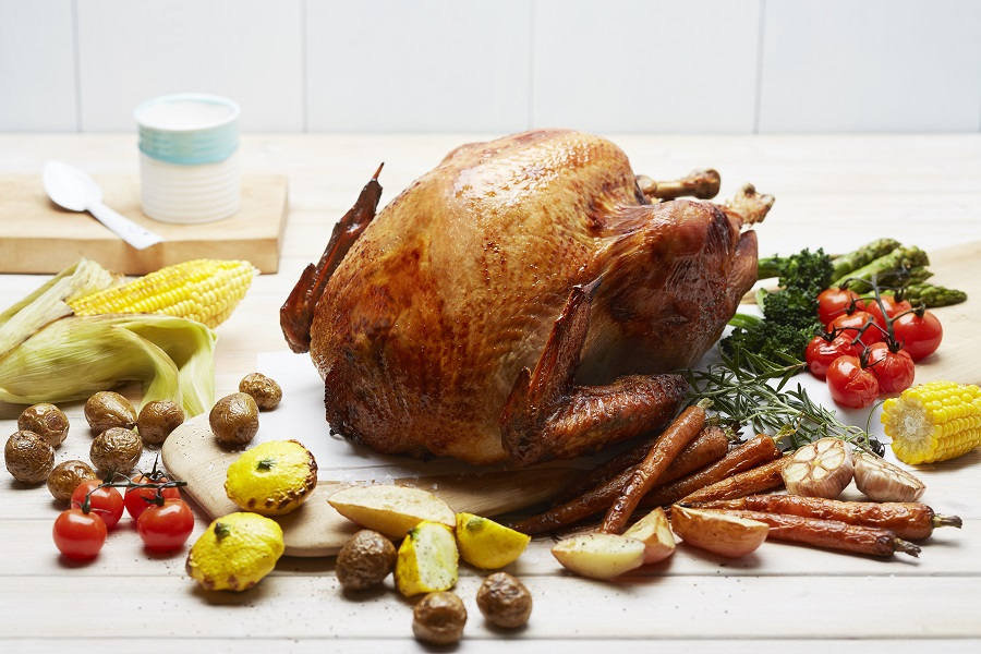 celebrate-christmas-with-seasonal-tastes-the-westin-singapore-apple-glazed-turkey