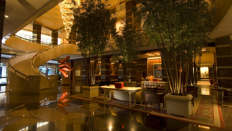 conrad-centennial-singapore-millenia-walk-hotels-in-central-singapore-hotel-lobby
