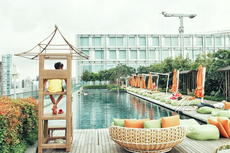 hotel-jen-orchardgateway-a-singapore-hotel-thats-with-charm-and-pool