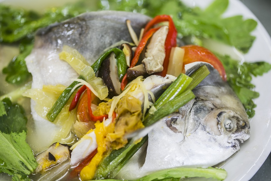 affordable-new-year-feasting-ah-orh-seafood-traditional-teochew-restaurant-pomfret