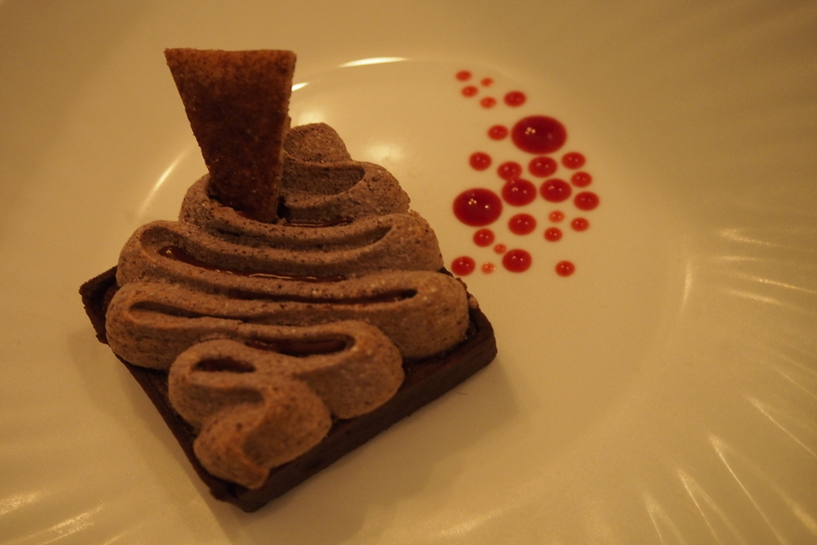7-singapore-desserts-that-are-boom-boom-pow-mad-about-sucre